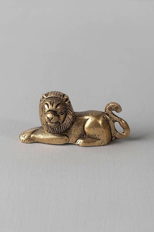 Glorious Mane Lion