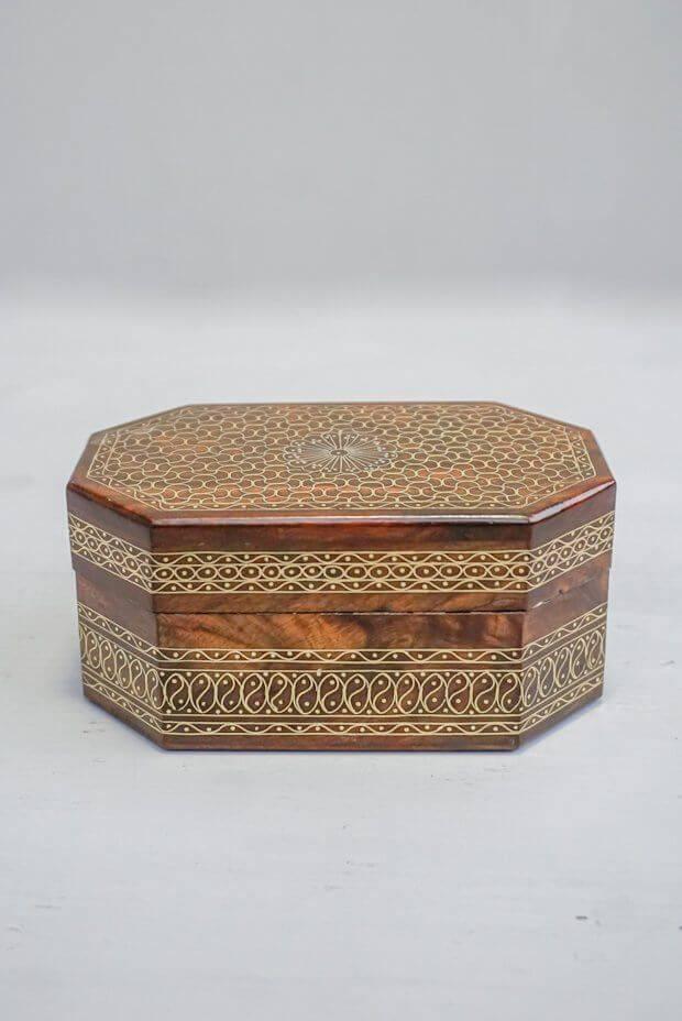 "Plexus Wooden Box (5.5"" x 3"" x 2.5"")"