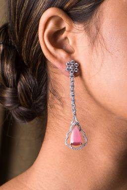Gulaabi Dangling Earrings