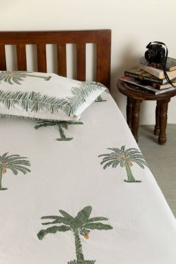 Cloris Tropical Palm Single Bedsheet with Pillow Cover