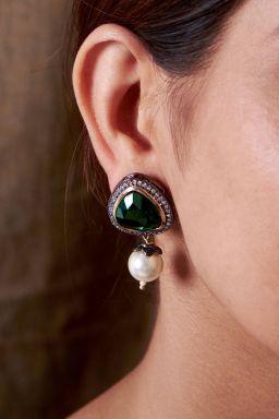 Emerald Pearl Earrings
