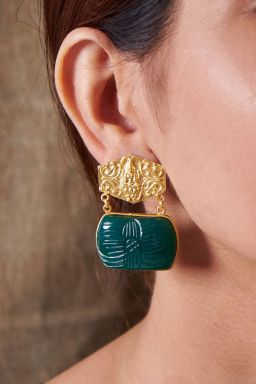 Sturdy Emerald Earrings