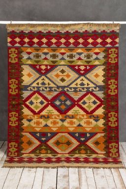 Tribal Hand-Knotted Rug (6ft x 4ft)