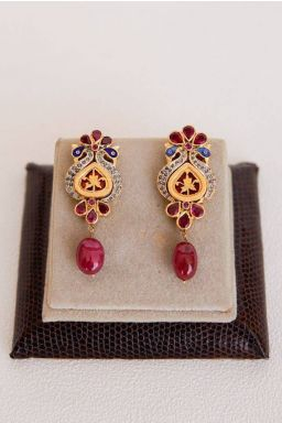 Rayona Dangling Earrings