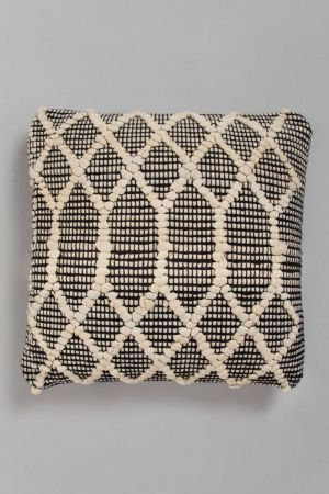 "Udasta Ribbed Cushion with filler (18''x18"")"