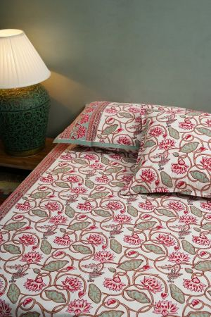 Bleunv Double Bedsheet with Pillow Covers