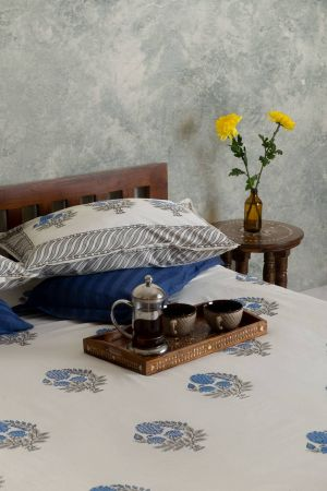 Blue Dahlias Double Bedsheet with Pillow Covers