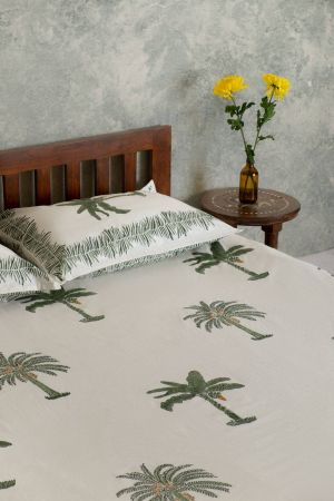 Cloris Tropical Palm Double Bedsheet with Pillow Covers