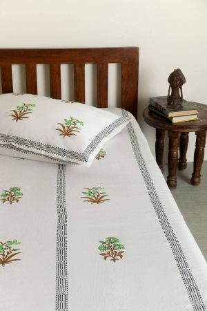 Parakeet Floral Motif Single Bedsheet with Pillow Cover