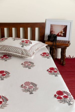 Red Dahlias Single Bedsheet with Pillow Cover