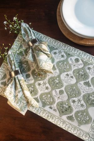 Aase Verdant Table Mats and Napkins (Set of 6)