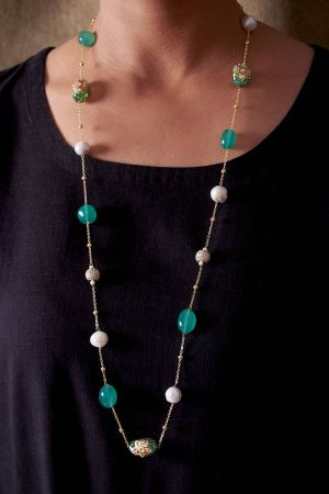 Pearl Studded Necklace