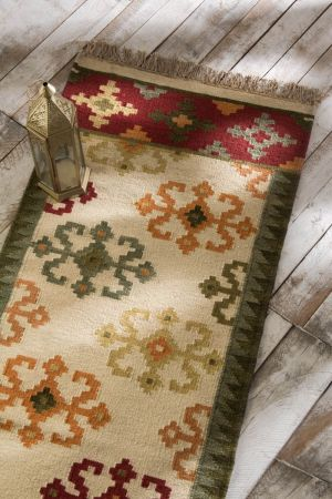 Akshar Hand-Knotted Runner ( 6ft x 2ft )
